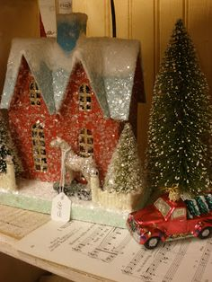 Love glitter houses and my goal is to make plenty of them for this   ( ... next) Christmas!