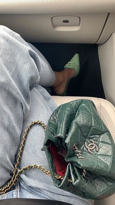 Chanel Gabrielle Backapck Source by Thesilksneaker aesthetic Fashion Details, Look Fashion, Fashion Bags, Fashion Accessories, Fashion Outfits, Fashion Trends, Fashion Clothes, Trendy Accessories, Fashion Women