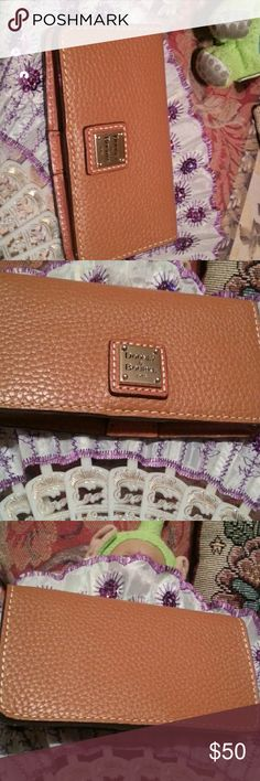 Dooney & Bourke smartphone wallet New without tags no scratches no tiers no sign of use or age Dooney & Bourke Bags Wallets