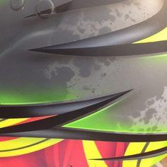 Custom Helmets, Racing Helmets, Paint Stripes, Helmet Design, Tonne, Kustom, Airbrush, Body Painting, Graffiti