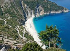 Amazing And Beautiful Beaches In Greece-Myrtos Beach, Kefalonia