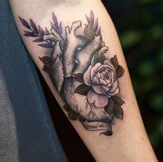 Tatuagem feita por @ingrydg.tattoo - Gente muito muito muito amor por essa tatuagem! Orçamentos e agendamentos apenas pessoalmente. CLASSIC TATTOO YOU  Rua Tabapuã 1.443 - Itaim Bibi - São Paulo.  011 3071 1393