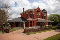 A part of the Alabama Ghost Trail, a series of haunted places linked by the Southwest Alabama Regional Tourism and Film Office, the Old Depot Museum features a ghost that reportedly has an affinity for the museum's elevator.