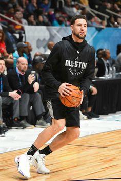 Basketball player bonks coach