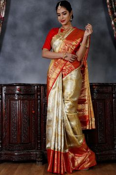 Over - Kanjivaram / Saree Store: Fashion Pattu Sarees Wedding, Wedding Saree Blouse Designs, Silk Saree Blouse Designs, Kanchipuram Saree Wedding, Wedding Sarees Online, Gold Silk Saree, Wedding Silk Saree, Wedding Dress, Kanjivaram Sarees Silk