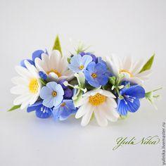 Conjuntos de joyas hechas a mano.  Kit de Orden con margaritas.  Yulia Koval.  Masters Feria.  Flores en la decoración, azul, verano