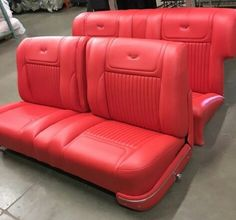 38 New Ideas for custom cars upholstery chevy trucks Truck Seat Covers, Bench Seat Covers, Car Seats, Car Interior Upholstery, Automotive Upholstery, Vehicle Upholstery, Custom Car Interior, Truck Interior, Interior Ideas