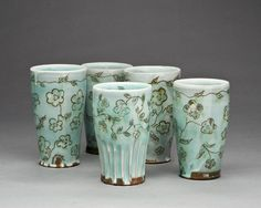 lovely earthenware with sgraffito by catherine boswell.