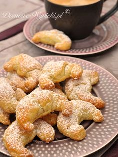 Croissants with prune Bread And Pastries, Polish Recipes, Polish Food, Xmas Cookies, American Food, Dessert Recipes, Desserts, Pretzel Bites, Sweet Tooth