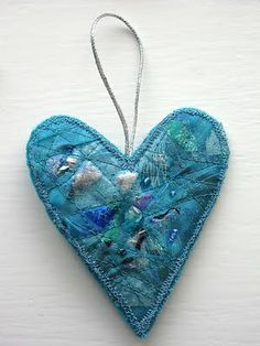 CAROLYN SAXBY MIXED MEDIA TEXTILE ART: Beads/Sequins