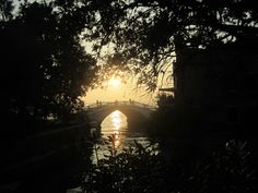 Clare Thibaut submits this entry to the #EY landscape competition. A beautiful shot of Venice. #EYTate