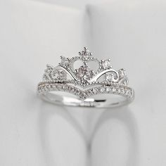 Adrianna Cute Crystal Princess Crown Promise Fashion Ring in Silver Cute Princess Crown Ring Crystal Anniversary Graduation Promise Engagement Wedding Ring Set in Silver Statement Fashion Jewelry for Women promesa de compromiso de corona de princesa única Silver Wedding Rings, Wedding Rings For Women, Diamond Wedding Bands, Crown Engagement Ring, Engagement Wedding Ring Sets, Crown Wedding Ring, Cute Rings, Unique Rings, Rings For Her
