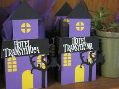 Lembrança Hotel Transylvania Festa Hotel Transylvania, Hotel Transylvania Birthday, Monster Birthday Parties, 4th Birthday, Halloween 2019, Halloween Party, Hotel Party, Trunk Or Treat, Halloween Decorations