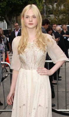 "Elle Fanning Photos: Premiere Of Paramount Pictures' ""Super 8"" - Arrivals"