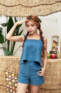 Square Neck Linen Tank Top CHLO.D.MANON   #linen #top #summerlook #koreanfashion #kstyle #kfashion #cute #seoul