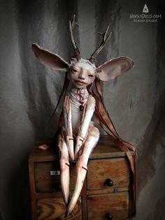 art doll NJALA HorkaDolls Scary Art, Weird Art, Strange Art, Creepy Toys, Elves And Fairies, Macabre Art, Feminist Art, Old Dolls, Horror Art