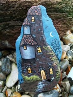 Wolf House Studio - Silverdale Lancashire Working studio and gallery for original art and prints by Janice McGloine also gifts and unique greetings cards. Painted Slate, Painted Rocks Craft, Painted Stones, Pebble Painting, Pebble Art, Stone Painting, Rock Painting Patterns, Rock Painting Designs, Stone Crafts