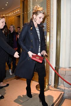 Kate Moss arrives to the Printemps Christmas Decorations Inauguration at Le Printemps on November 6, 2014 in Paris, France.