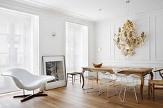 San Sebastian Apartment by Mikel Irastorza with the Vitra La Chaise and Knoll Bertoia Side Chairs