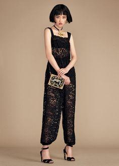 Dolce   Gabbana S S 2016 Lookbook (Dolce   Gabbana) Flattering Outfits 95f920a4c04