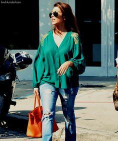 God dammit. Lately, every time I see Kourtney Kardashian, she's wearing something super freakin cute.