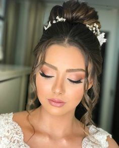 Bridal Makeup Looks, Natural Wedding Makeup, Bridal Hair And Makeup, Wedding Hair And Makeup, Natural Makeup, Hair Makeup, Makeup For Brides, Wedding Makup, Simple Bridal Makeup