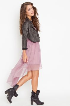 Love mixing grunge and girlie! And love tail skirts and dresses like this one!