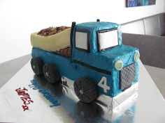 James' 4th Birthday Cake - The big blue truck, a hit with the kids!