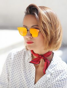 silk_scarf_outfit_ideas-red_mirrored_sunglasses