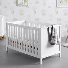 Gitterbett in Weiß online bestellen Cribs, Furniture, Home Decor, Lattices, Kidsroom, Bed, Cots, Bassinet, Crib