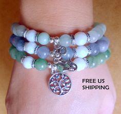 Conjunto de 3 pulseras Hechas a mano de piedras por MJewelryStore                                                                                                                                                                                 Más