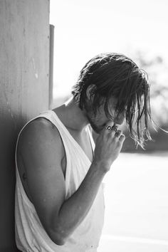 Skateboarder Dylan Rieder Poses for New Images in So It Goes Magazine image Dylan Rieder 006 Character Inspiration, Hair Inspiration, Medium Hair Styles, Long Hair Styles, Grunge Hair, Hair And Beard Styles, Haircuts For Men, New Image, Beautiful Boys