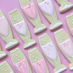 AD-Graphic-Designer-Makes-Custom-Cookies-Holly-Fox-Design-36