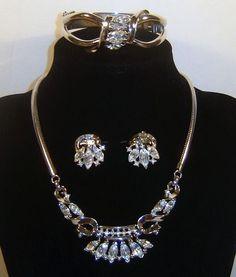 Vintage Crown Trifari Coronet Rhinestone Necklace Clamper Bracelet Earrings