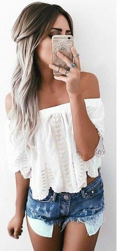 #summer #musthave #outfits | White Crop + Denim