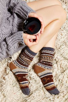 winter socks, and the sweater, and the tea, and now I just need the coziness and a significant other hahahaha!!!