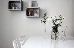 RAW Design blog - Muuto silent vase Scandinavian Kitchen, Scandinavian Design, Modern Kitchen Design, Modern Design, Dining Room Inspiration, Minimalist Design, Floating Shelves, Room Decor, Furniture