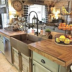 If you are looking for Modern Rustic Farmhouse Kitchen Decor Ideas, You come to the right place. Here are the Modern Rustic Farmhouse Kitchen D. Country Kitchen Farmhouse, Country Kitchen Designs, Rustic Kitchen Design, Modern Farmhouse Kitchens, Home Kitchens, Farmhouse Small, Farmhouse Ideas, Farmhouse Design, Green Country Kitchen