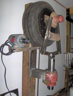 tire hammer - Member Galleries - I Forge Iron - Salvabrani Power Hammer Plans, Blacksmith Power Hammer, Blacksmith Tools, Blacksmith Projects, Forging Hammer, Forging Metal, Metal Bending Tools, Metal Working Tools, Metal Tools