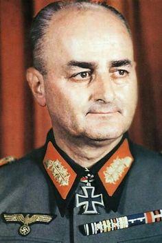 General der Infanterie Günther Blumentritt (1892-1967), mit der Führung 25. Armee beauftragt, Ritterkreuz 13.09.1944, Eichenlaub (741) 18.02.1945