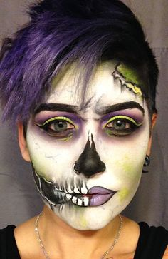 Get The Halloween Look: How To Create Spooky Skull Makeup Tutorial Cool Halloween Makeup, Halloween Looks, Halloween Dress, Halloween Costumes, Zombie Makeup, Scary Makeup, Sfx Makeup, Cosplay Make-up, Steam Punk