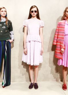 A modern update on pretty in pink | Banana Republic Spring '16 NYFW Presentation