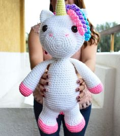 English and Spanish Pattern Only. This pattern uses US Crochet Terms. The file contains a chart to show the conversions to UK Crochet Terms. Unicorn Pattern, Crochet Unicorn, Cute Unicorn, Unicorn Party, Half Double Crochet, Single Crochet, Crochet Toys, Knit Crochet, Spanish Pattern