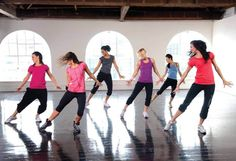 Conheça a Cize, uma das danças que promete perda de calorias de uma maneira superdivertida!
