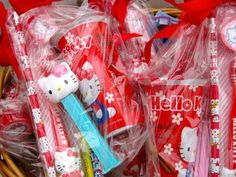 Give Your Baby a Hello Kitty Theme Birthday Party Hello Kitty Favors, Hello Kitty Theme Party, Hello Kitty Themes, Hello Kitty Birthday, Birthday Party Punches, 5th Birthday Party Ideas, Baby First Birthday, Birthday Wishes, Dance Party Decorations