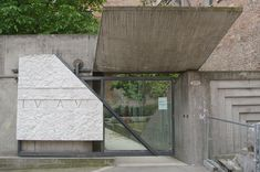 Entry to the IUAV University in Venice by Carlo Scarpa.