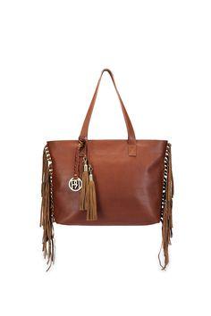 Brown Leather fringe handbag #leather #fringe #hand-bag #casual #day #brunch #lunch #office-bag