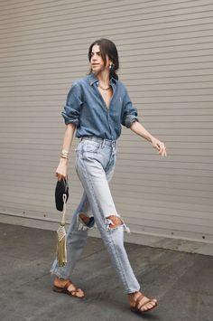 A cool take on double denim . Denim Fashion, Girl Fashion, Fashion Outfits, Classy Outfits, Casual Outfits, Jeans, Double Denim, Denim Outfit, Looks Style