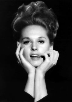 """Nathalie Kay """"Tippi"""" Hedren, born January is an American actress and former fashion model. She is widely known for her roles in the Alfred Hitchcock Vintage Hollywood, Hollywood Glamour, Hollywood Stars, Hollywood Actresses, Classic Hollywood, Actors & Actresses, Tippi Hedren, Melanie Griffith, Divas"""
