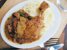 Yummy Cooking: Cider-Braised Chicken with Apples, Bacon, and Sage